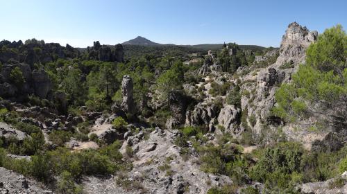 panoramique_village_moureze